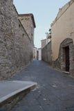 Typowa aleja Agropoli wioska, Włochy Obrazy Royalty Free