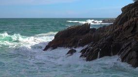 Typowa część hiszpańszczyzny Costa Brava blisko wioski Sant Antoni de Calonge zdjęcie wideo