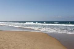 Typowa dzika plaża w Tangier fotografia royalty free
