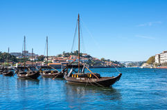 Typowe wino łodzie w Douro rzece Fotografia Royalty Free