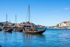 Typowe wino łodzie w Douro rzece Zdjęcia Stock