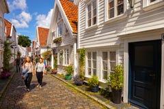 Typowi biali drewniani budynki w Stavanger Fotografia Royalty Free