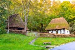 Typowi chłopscy domy, Astra wioski Etnograficzny muzeum, Sibiu, Rumunia, Europa Obraz Stock