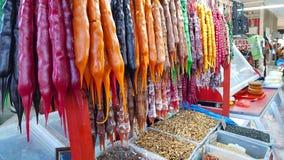Typowi cukierki Gruzja przy wprowadzać na rynek kram obraz royalty free
