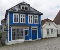 Typowy błękita dom Norway Fotografia Royalty Free