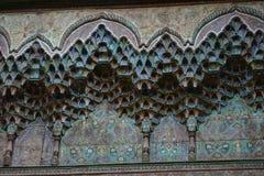 Typowy Berber dekorował kolumnę przy Tobius ` s qasba w Maroko po deszczu Zdjęcia Stock
