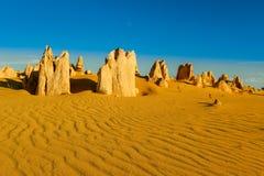 Typowy Nambung pustyni lanscape, zachodnia australia obraz stock
