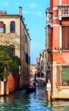Typowy przesmyk wody kanał w Wenecja Zdjęcia Royalty Free