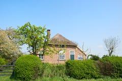 Typowy stary Holenderski dom wiejski zdjęcie royalty free