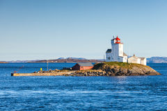 Tyrhaug latarnia morska Nabrzeżna latarnia morska, Norwegia Zdjęcie Stock
