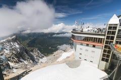 Tyrolean Zugspitze wagonu kolei linowej góry stacja, artykuł wstępny Fotografia Stock