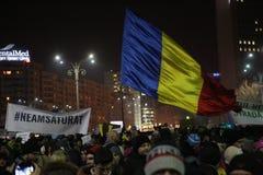 Tysiące protestują gdy Rumunia relaksuje korupci prawo Obraz Stock