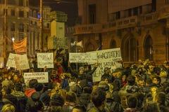 Tysięcy protestujący w Bucharest Obrazy Stock