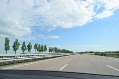 Tysk bil för Autobahn från inre Arkivfoton