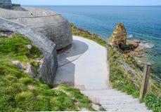 Tysk bunker som bevakar punkt du Hoc, Normandie, Frankrike Arkivfoto
