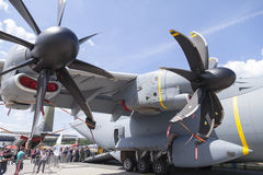 Tysk flygbuss A 400 M propellermotorer Arkivfoton