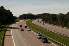 Tysk huvudväg med kurvan Royaltyfri Foto