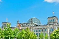 Tysk parlament eller Bundestag i Berlin Royaltyfria Foton