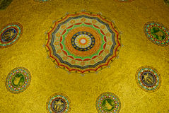 Tysk springbrunn, kupolinre Royaltyfri Fotografi