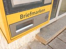Tysk stämpelvaruautomat Royaltyfria Bilder