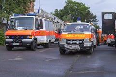 Tyska livräddareAssociation för DLRG tyska lastbilar Arkivfoton