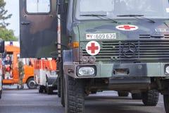 Tyska livräddareAssociation för DLRG tyska lastbilar Fotografering för Bildbyråer