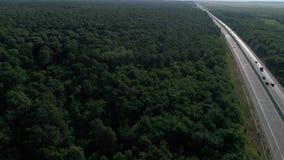 Tyska motorways som ses från över, bilkörning lager videofilmer