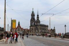 Tyskland Dresden: Bro över Elben royaltyfria bilder