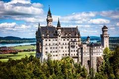 Tyskland för fjällängar för Neuschwanstein slott bayersk Fotografering för Bildbyråer