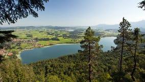Tyskland Fuessen, sjö Weissensee Royaltyfria Foton