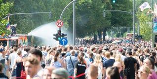 Tyskland Hamburg - Augusti 4, 2018: Christopher gatadag Förälskelse ståtar i Hamburg arkivfoto