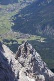 Tyskland sikt av Ehrwald från det Zugspitze berget Royaltyfri Fotografi