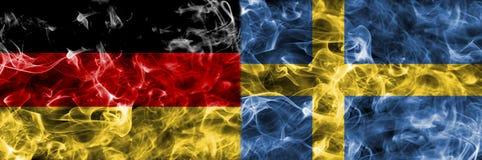 Tyskland vs den Sverige rökflaggan, fotbollvärldscup 2018, M för grupp F Arkivfoto