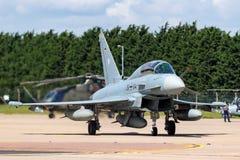 Tyskt flygplan för jaktflygplan för flygvapenLuftwaffe Eurofighter EF-2000 tyfon Arkivfoto