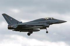 Tyskt flygplan för jaktflygplan för flygvapenLuftwaffe Eurofighter EF-2000 tyfon Arkivfoton