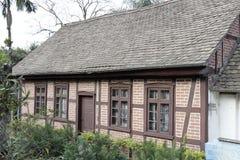 tyskt half historiskt hus timrat typisk Royaltyfri Fotografi