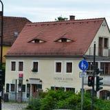 Tyskt hus med ögon Arkivbilder