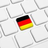 Tyskt språk eller Tysklandrengöringsdukbegrepp Nationsflaggaknapp Royaltyfri Fotografi