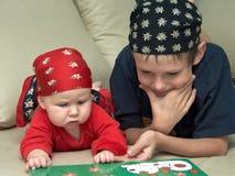 tyst barnunderhållning s Royaltyfria Foton