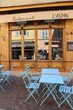 Tyst gladlynt fransk caffee fotografering för bildbyråer