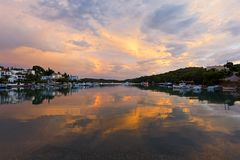 Tyst liten vik på Porto-Heli, Peloponnese - Grekland Royaltyfri Fotografi