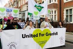 Tyst mars för det Grenfell tornet i Kensington och Chelsea arkivbild