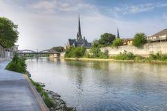 Tyst morgon vid den storslagna floden i Cambridge, Kanada Arkivbilder