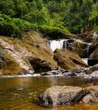 Tyst vattenfall arkivbilder