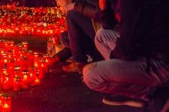 Tysta marschen i minne av offer från den Colectiv klubban Royaltyfri Foto
