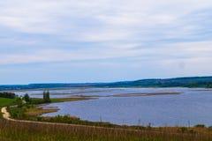 tystnad för ställe för natur för liggande för skönhetfiskarelake Royaltyfria Bilder