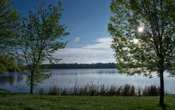tystnad för ställe för natur för liggande för skönhetfiskarelake Arkivfoto
