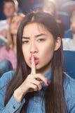Tystnad på filmteatern Royaltyfri Fotografi