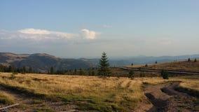 Tystnaden av bergen royaltyfri foto