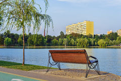 Tytanu park w lato świtu świetle obrazy stock